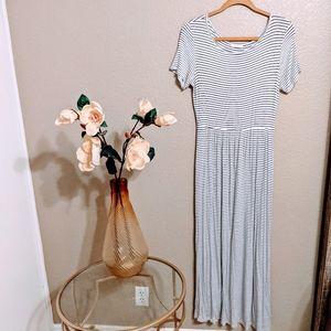 Les Amis White Striped Short Sleeve Knit Maxi Sz L